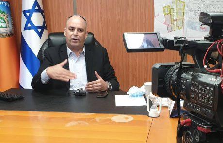 ראש עיריית לוד ממשיך במאמצים לעודד התחסנות בעיר