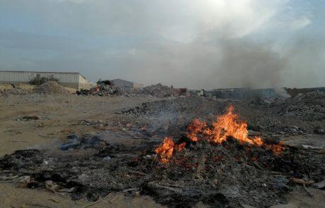 השרון:קנס של370 אלף שקל על בעל תחנת מעבר פיראטית ששרף פסולת