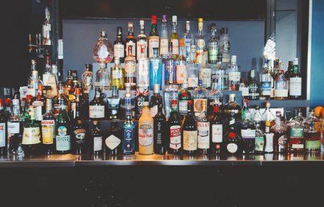 בני ברק: נתפסו מאות בקבוקי אלכוהול מזוייפים