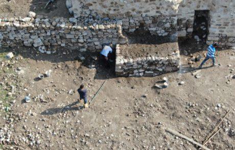 לא תאמינו מי עבר לגור באתר הארכיאולוגי 'שמר' ?